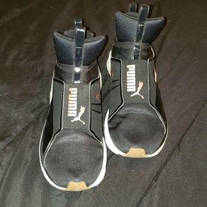 Puma Shoes - Puma Defy Mid Core sneakers